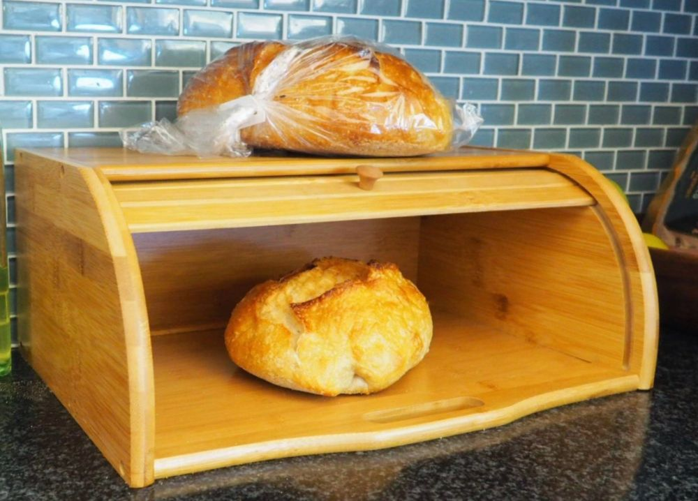 Bread box Clearly Wins Against Aluminum Foil аnd Bread Paper